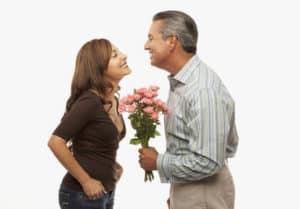 Sich einfach zu entschuldigen fällt vielen Menschen schwer. In der Beziehung ist es sehr wichtig. Die Paartrainer Dee und Matthias Stolla wissen weshalb,